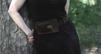 Leather belt set with two-ways belt bag