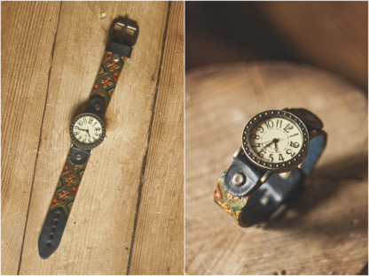Watch strap with varicolored pattern
