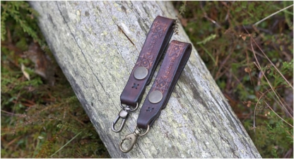 Leather key keepers with eight pointed star