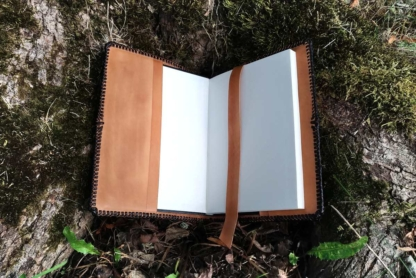 Leather notebook covers with an oak tree, view from inside