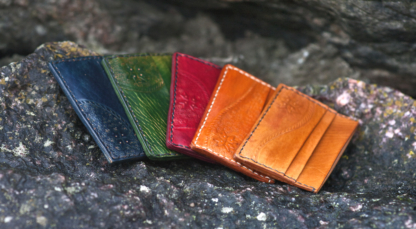 Card cases with five pockets in various colours