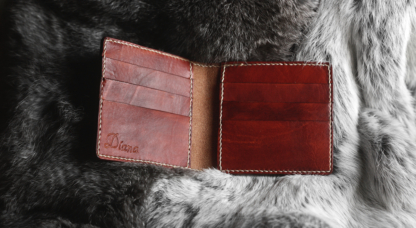 Leather card case with cat image