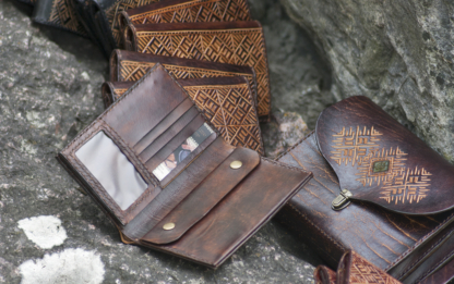 Men's leather wallets for coworkers