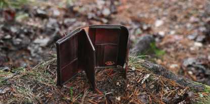 Capacious leather wallet for men
