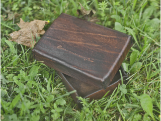 Leather box with lid