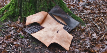 Leather knife roll for chef knives