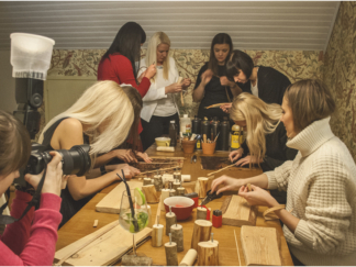 Workshop for girls night out at the restaurant