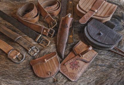 Käsitsi valmistatud nahktooted Wanakuramuse Nahakambrist